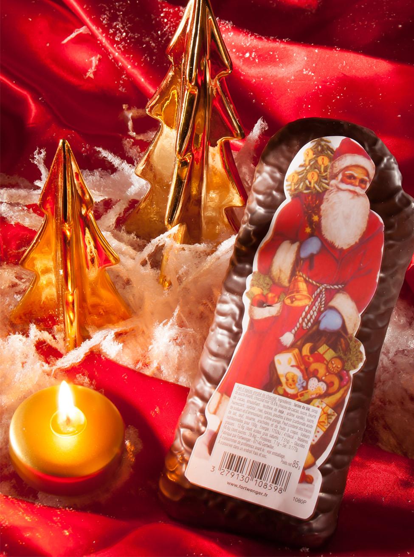 Lebkuchen-Weihnachtsmann mit Schokoladenüberzug